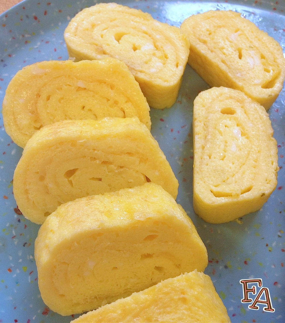 ... Food Café: Tamagoyaki (Grilled Rolled Egg) from Various Anime & Manga