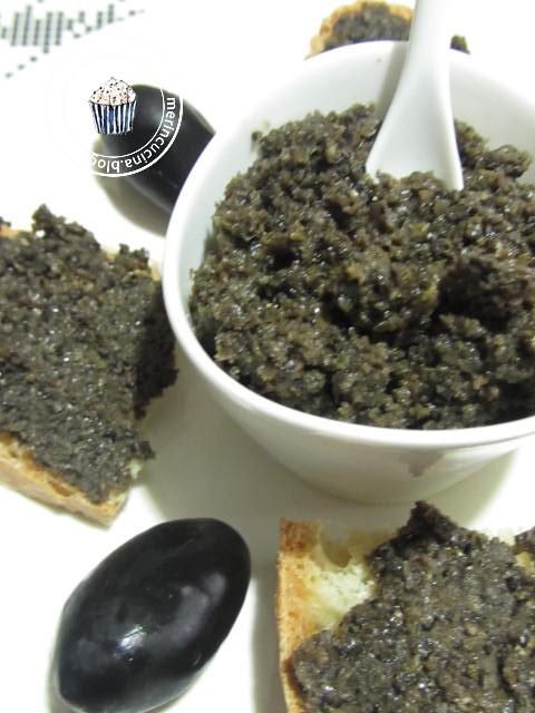 una tapenade con delle olive buonissime!