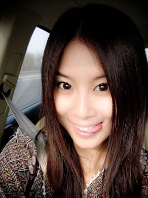 Blog ( situs China): http://blog.sina.com.cn/huangxiaolou