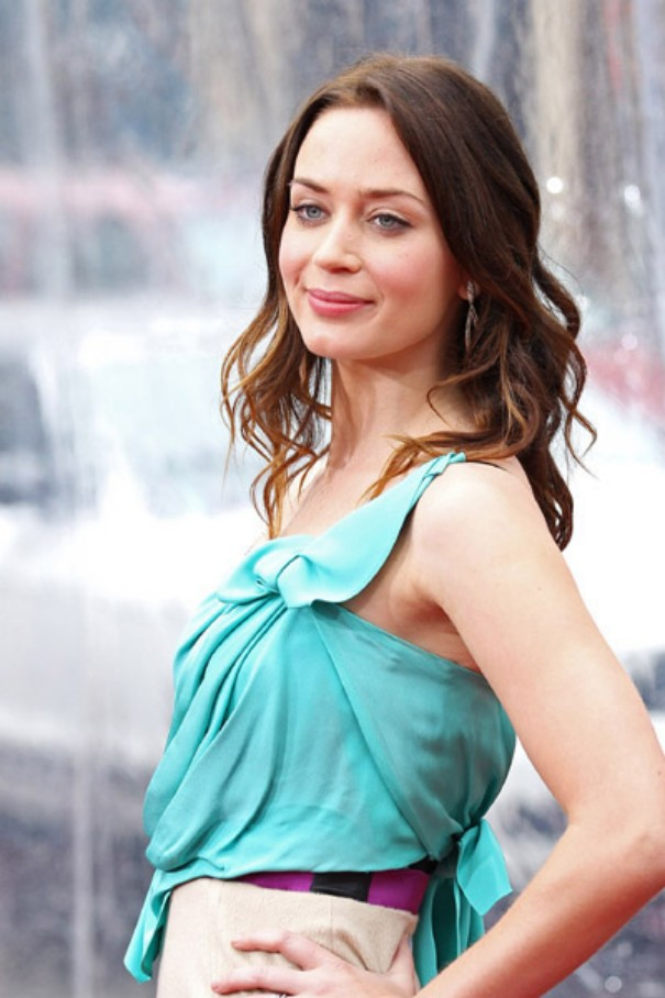 Beautiful Emily Blunt Pictures Hottest Pictures Amp Wallpapers