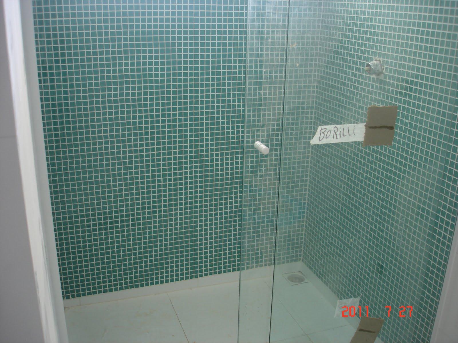 Banheiro Pequeno Pastilhas De Vidro Banheiros Com Portal Pelautscom  #A63325 1600 1200