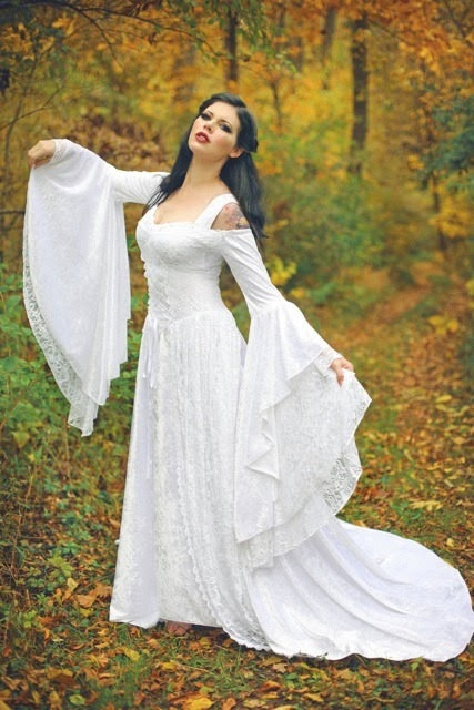 Lady Gwen Gown - Affordable Wedding Dresses: Medieval