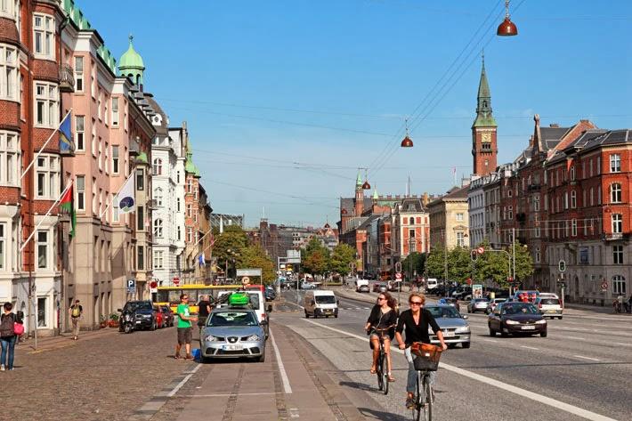 Amalie loves Denmark H. C. Anderesen Boulevard Kopenhagen