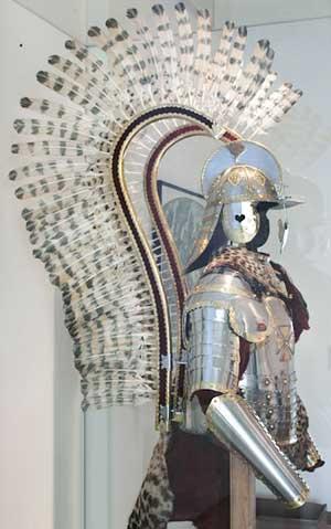 Las armas de los antiguos - Página 9 Poland_Hussar_Armor