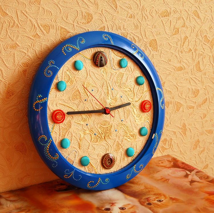 Часы из пуговиц своими руками 27