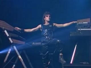 videos-musicales-de-los-80-mecano-barco-a-venus