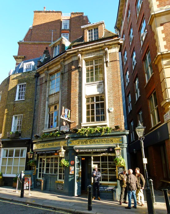 Queen Anne's Gate, Old Queen Street, pub, Two Chairmen
