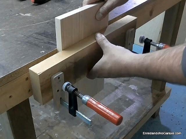Tornillo casero para banco de carpintero. www.enredandonogaraxe.com