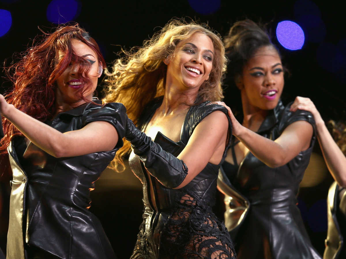 super bowl halftime show 2013 sandy hook Superbowl beyonce 192 likes beyonce kills super bowl 50 halftime show did you all see those precious little sandy hook kids i could just eat them up.
