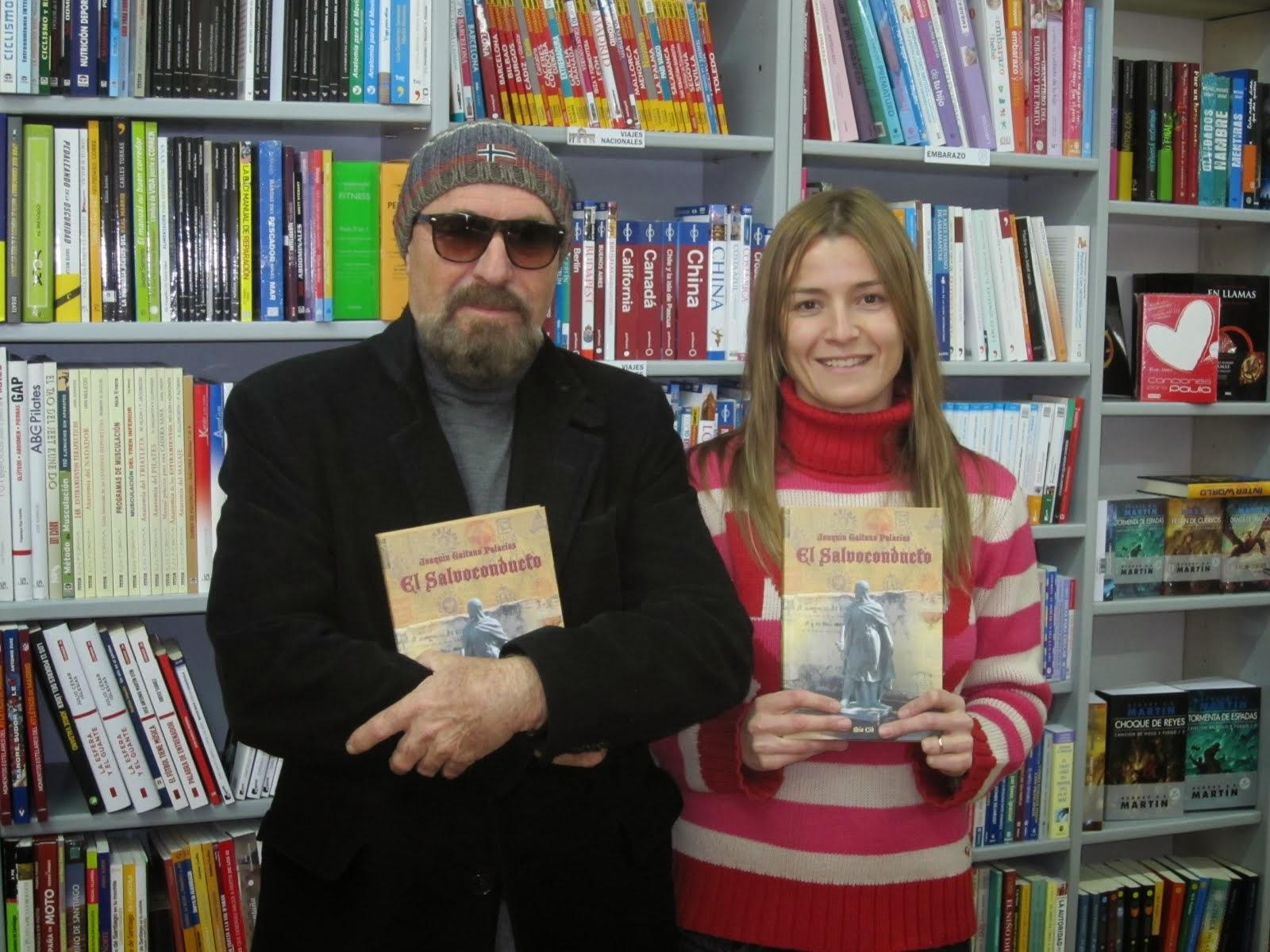 Con Sandra. Librería Libros Imagen. Elda, Alicante.