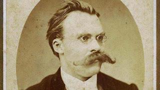 Nietzche'yi filozof yapan Osmanlı şiiridir