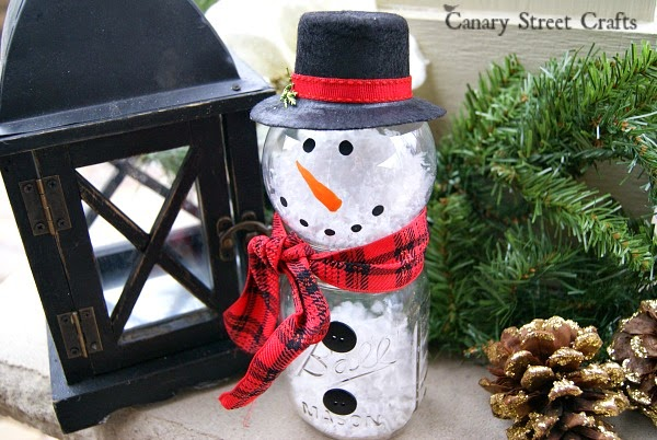 http://canarystreetcrafts.com/mason-jar-snowman/