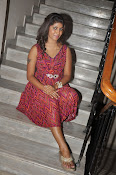 Geethanjali glamorous photos-thumbnail-2