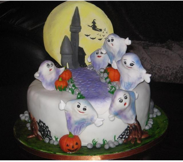Easy Cake Decorating Halloween : Birthday Cakes For You: Halloween cake