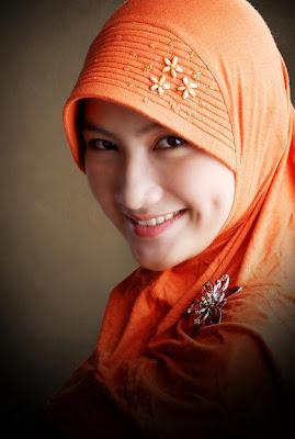 Tips Memilih Jilbab Sesuai Bentuk Wajah [ www.BlogApaAja.com ]