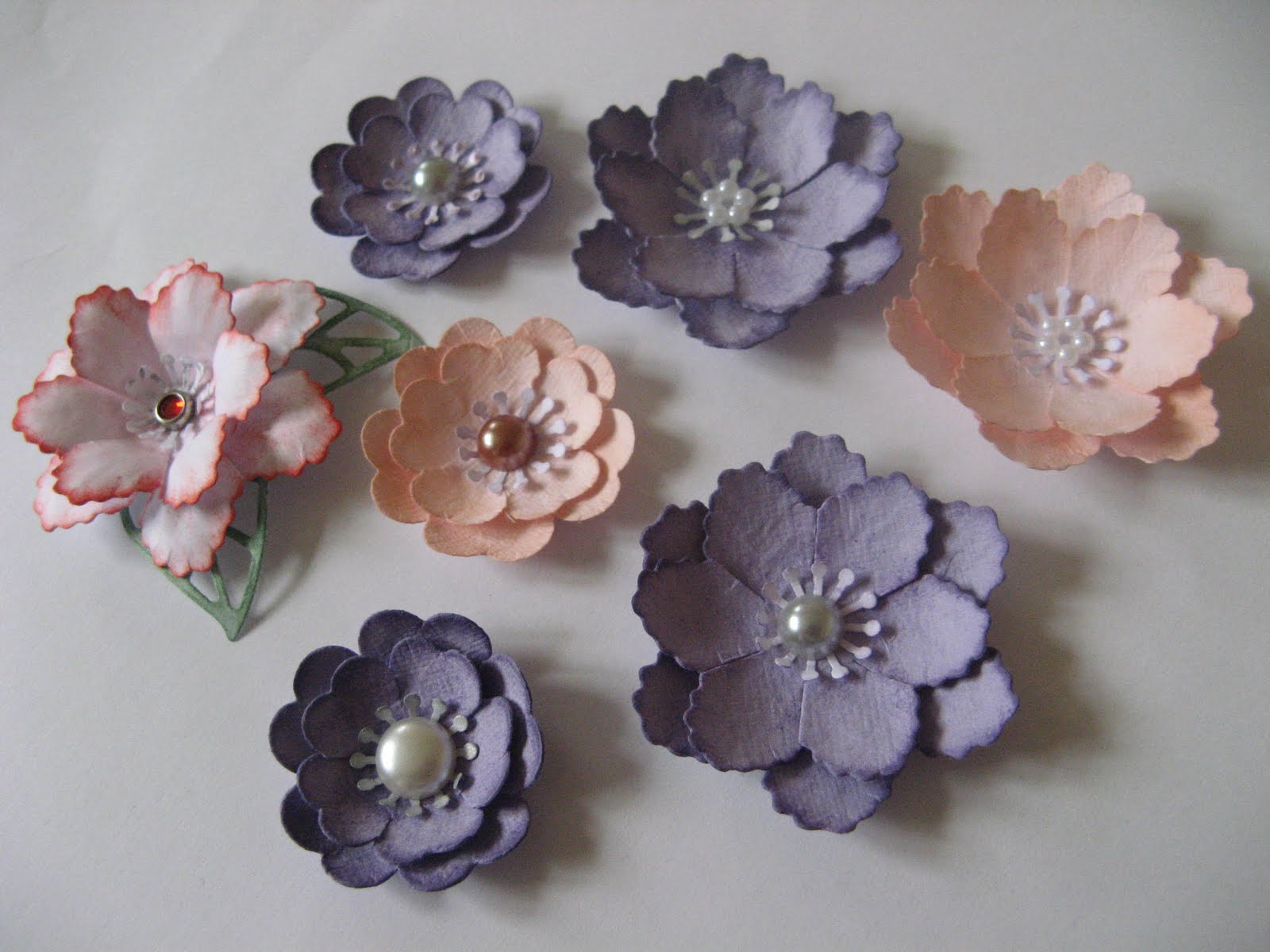 Lacetopdesigns video tutorial prima inspired paper flowers using lacetopdesigns video tutorial prima inspired paper flowers using marianne d creatables flower fantasy and flora 1 mightylinksfo