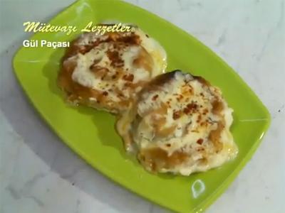 Tavuklu Yemekler - Gül Paçası - Videolu Tarifi
