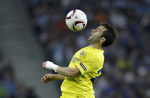 Giuseppe Rossi will stay at Villarreal as their financial problems are now solved