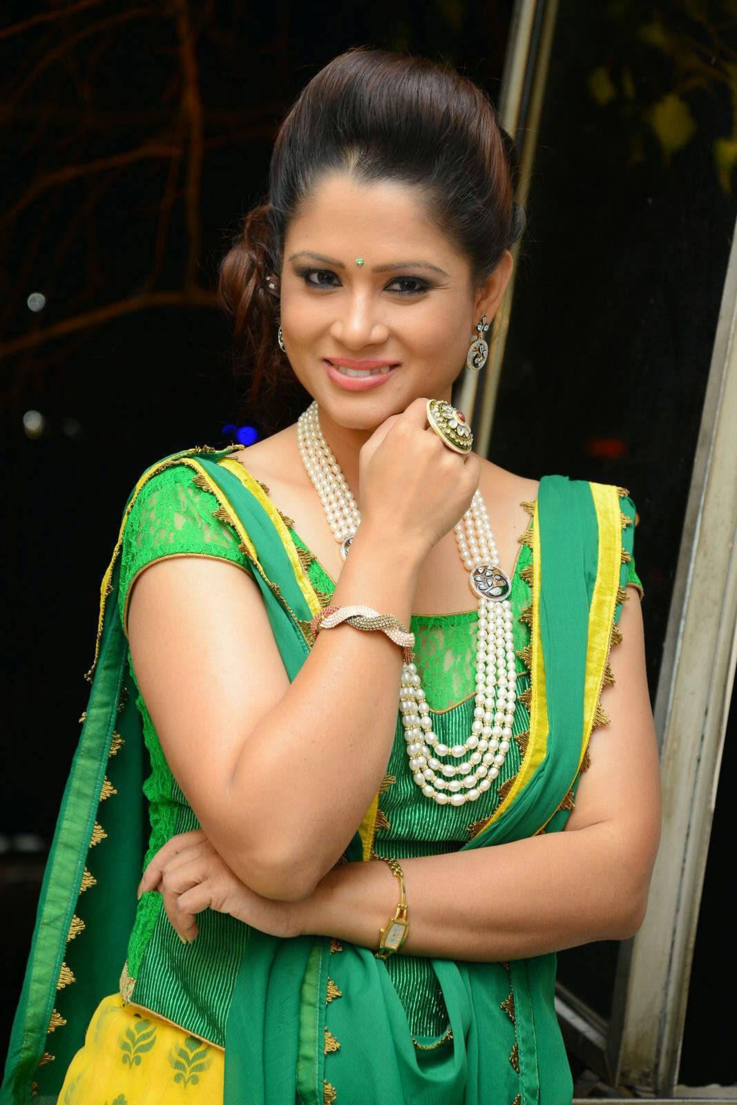 Anchor Shilpa Chakravarthy Latest Cute Hot Spicy Photos Gallery At Taruvatha Katha Movie Trailer Launch