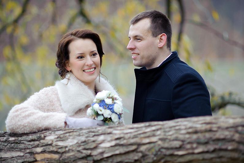 vestuvių fotosesija gamtoje rudenį