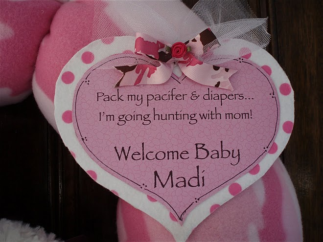 Pink Camo Baby Wreath Announcement