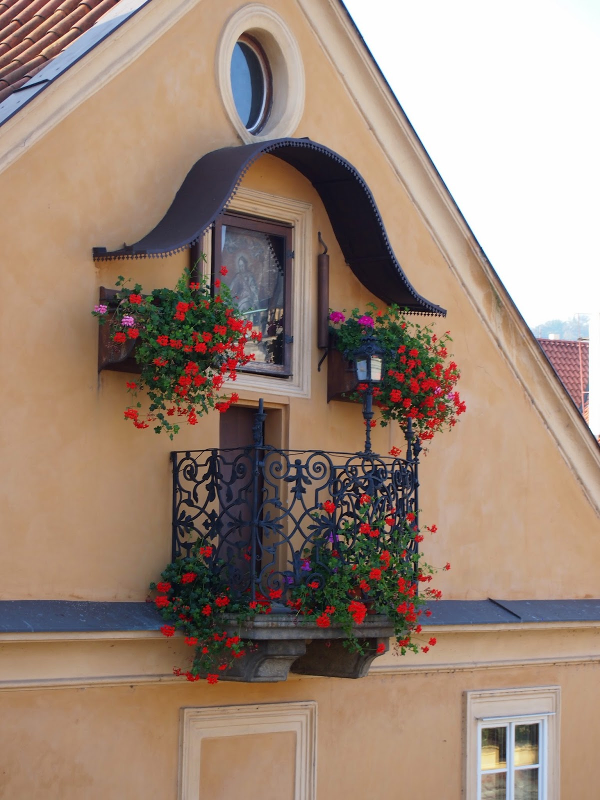 A flowery windowsill in Prague.