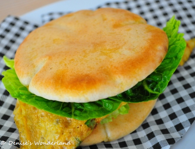Crispy and golden brown pita bread
