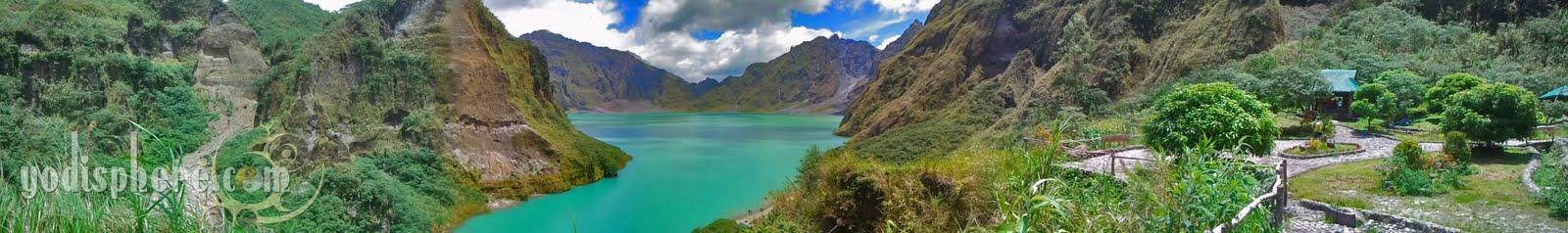 Mt. Pinatubo crater panorama