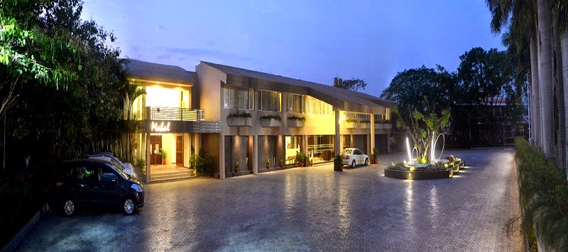 Hotels in Bhopal near TT Nagar