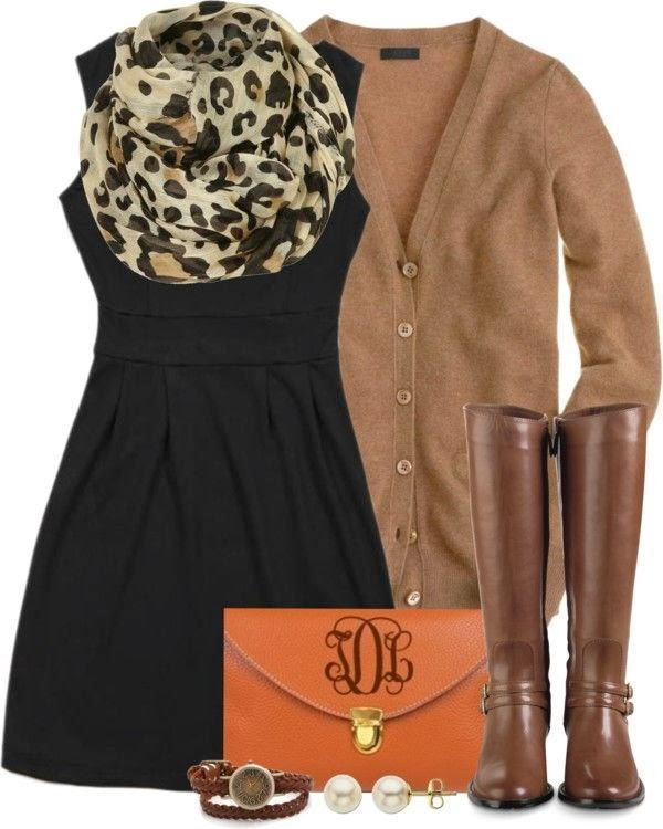 Noble and cute fall fashion with scarf and blazer