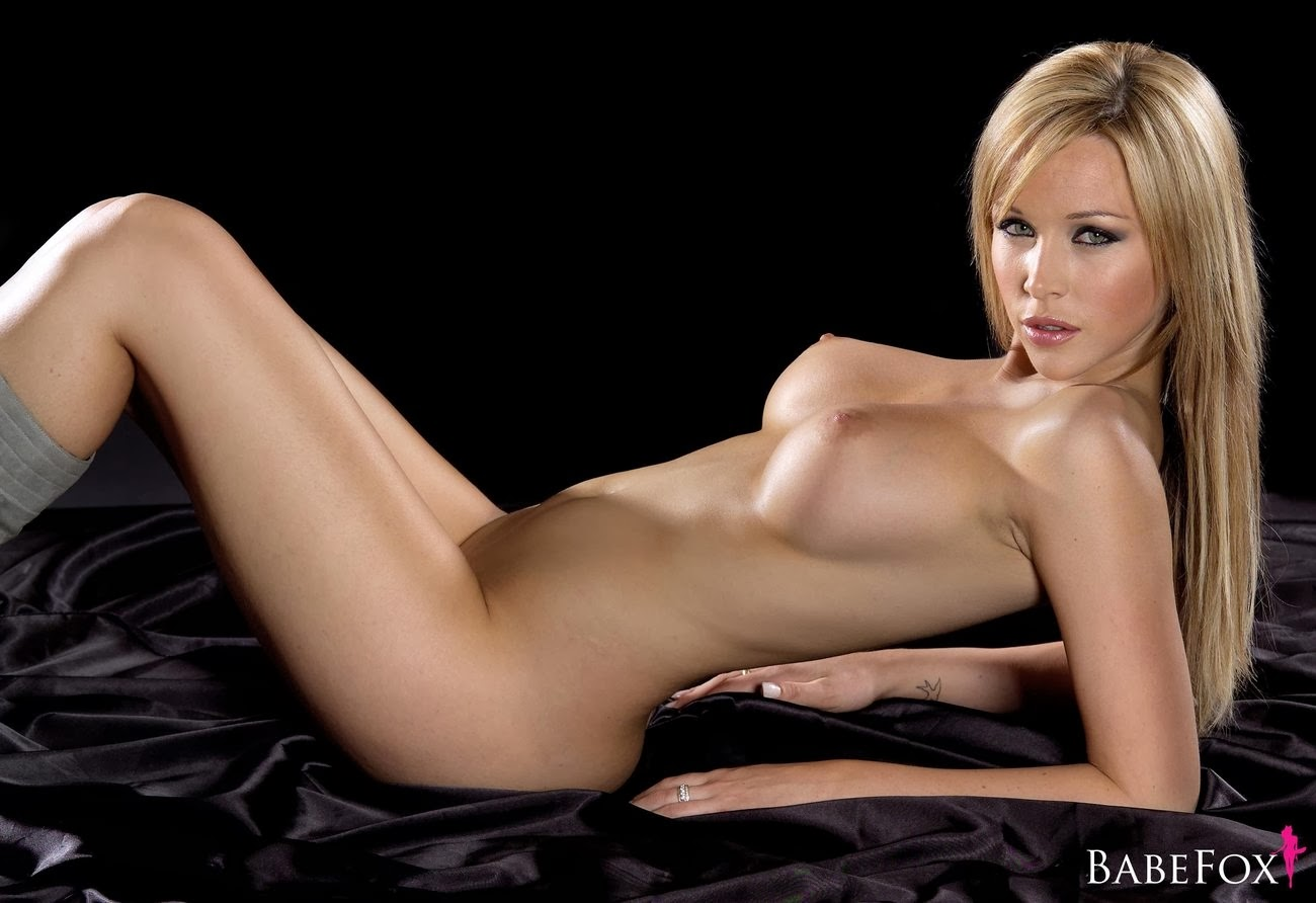 emily scott fully naked