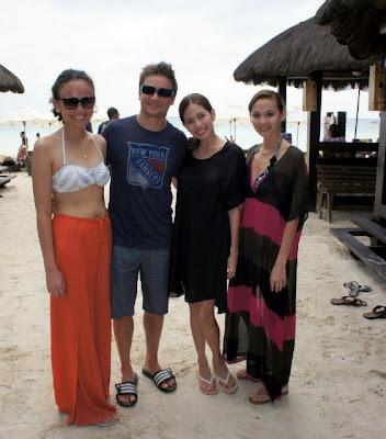Jeremy Renner in Boracay