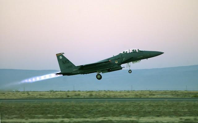 F-15E Strike Eagle takeoff with afterburner.