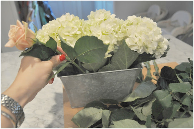 Hydrangea and rose diy centerpiece a lo behold life