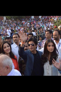 Shaharukh, Katrina and Anushka at Jalandhar to promote Jab Tak Hai Jaan