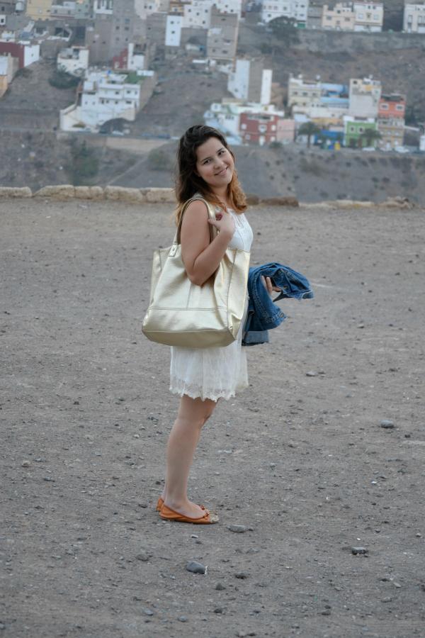 Vestido_Blanco_Bolso_Dorado_Primark_Bailarinas_Puntera_Glitter_Nudelolablog_05
