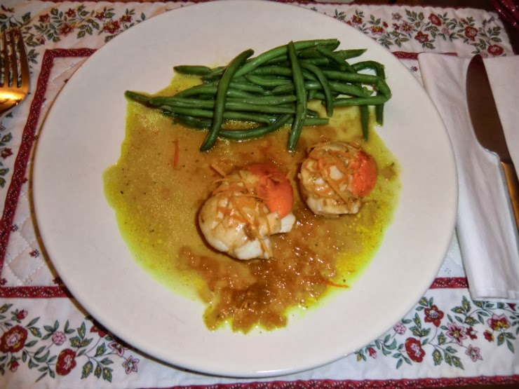 Pan-fried scallops with clementine sauce recipe