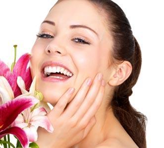 كيف نحصل على أسنان سليمة و ابتسامة جميلة - بنت تضحك تبتسم