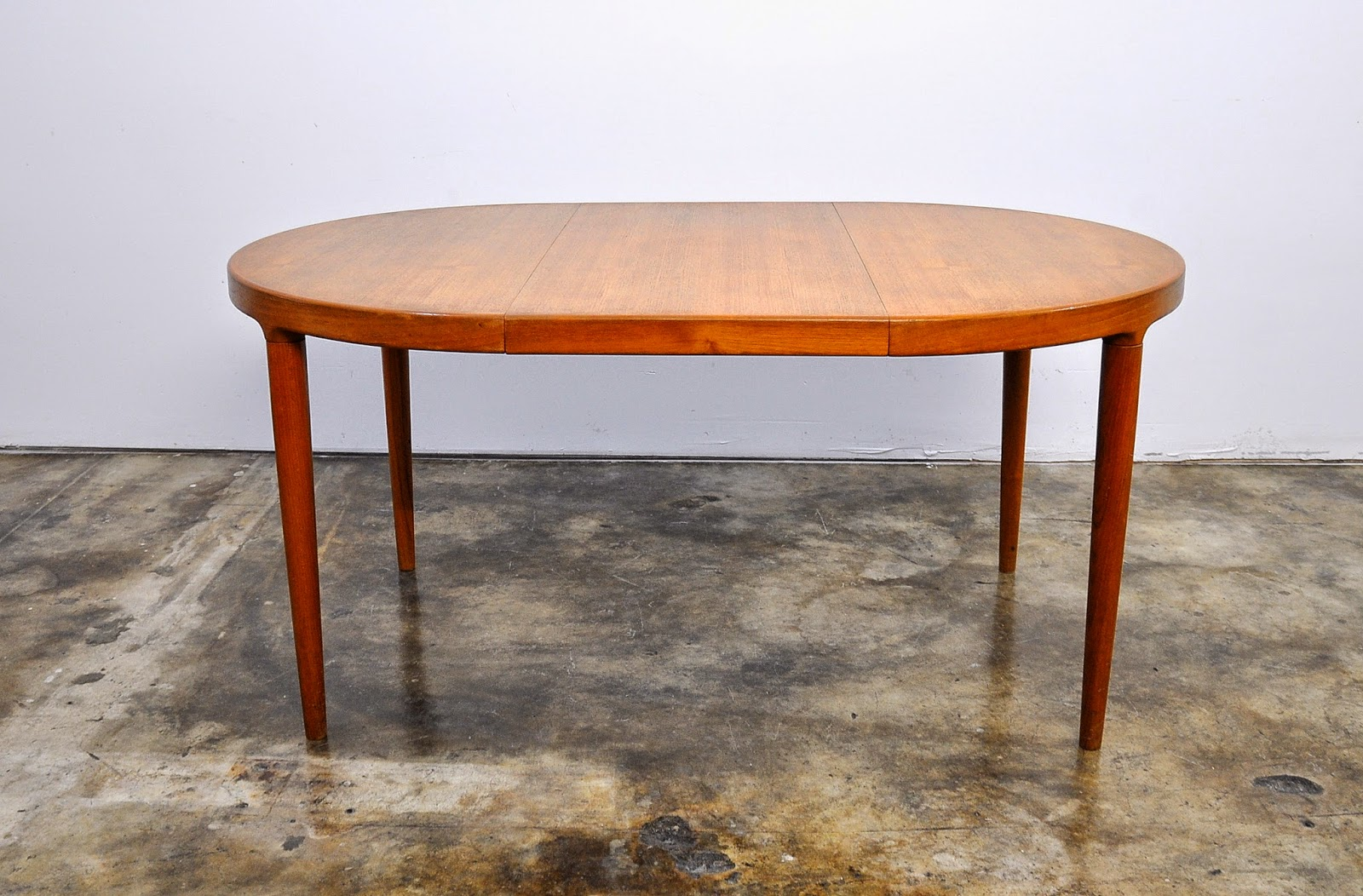 ... Select Modern Danish Modern Teak Expandable Dining Room Table ...