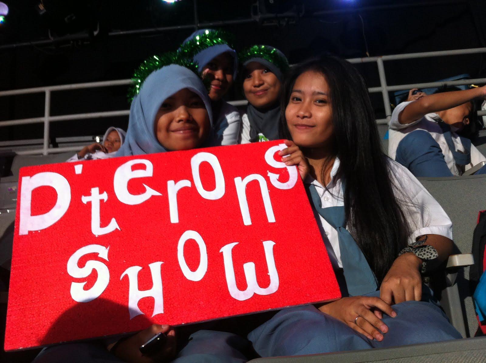 d'Terong Show