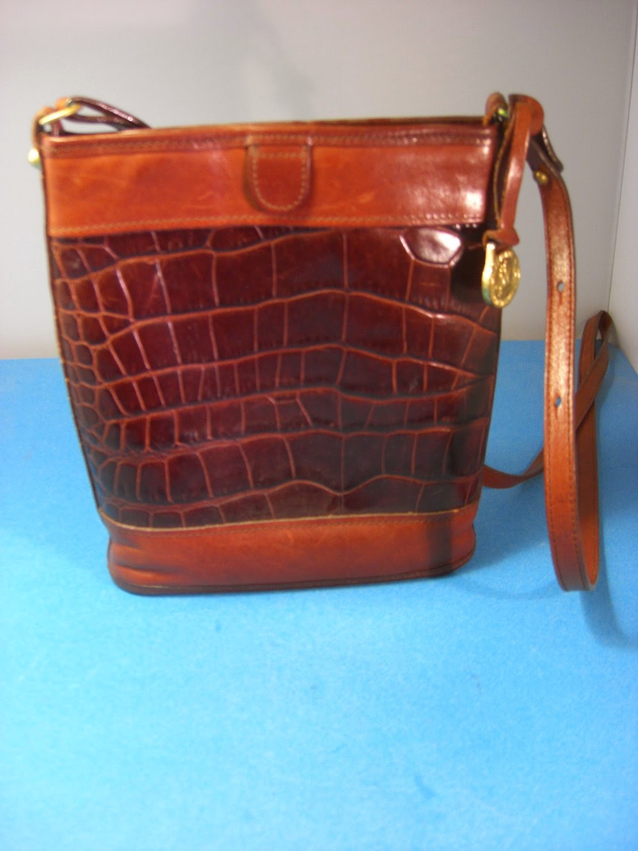 http://bargaincart.ecrater.com/p/19879206/brahmin-brown-croc-crossbody-messenger?keywords=Brahmin