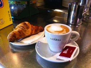 Cafè llet i Croisant