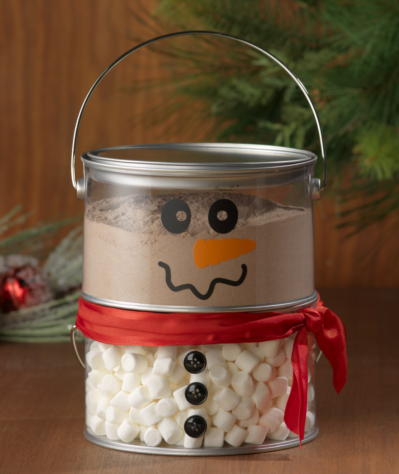 Great neighbors gift fill this darling snowman with hot chocolate mix