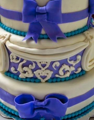 Cake Decorating With Cake Lace