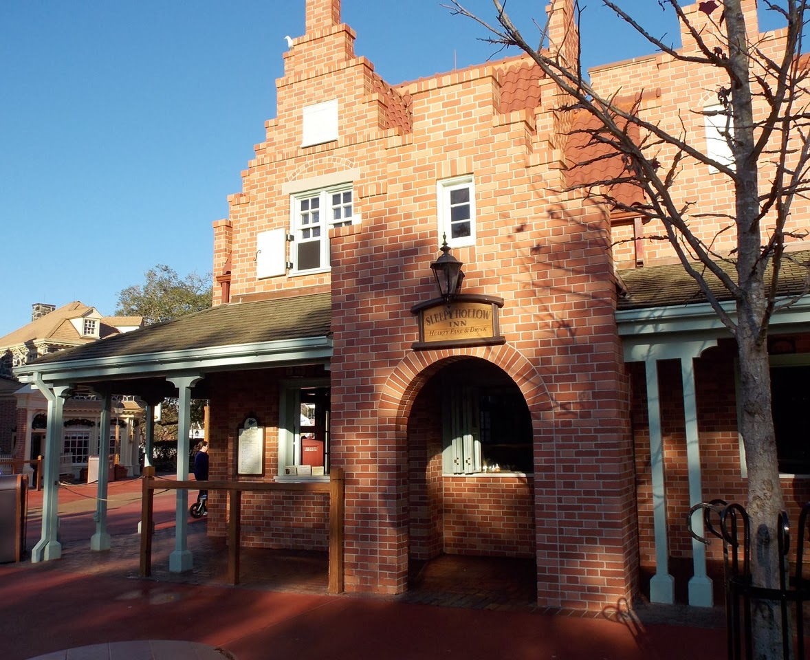 Sleepy Hollow Restaurant | Breakfast in Magic Kingdom | Walt Disney World