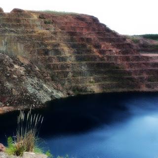 Caçapava do Sul: lago da mina de Minas do Camaquã.