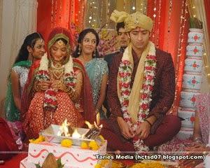 Best Foto Anant Navya ANTV