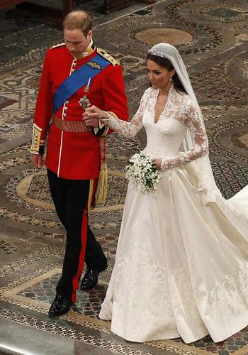 Fatia de bolo de casamento de Kate Middleton e Príncipe William é