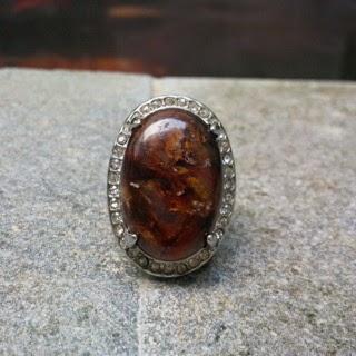 Batu Bertuah Gandaruwo