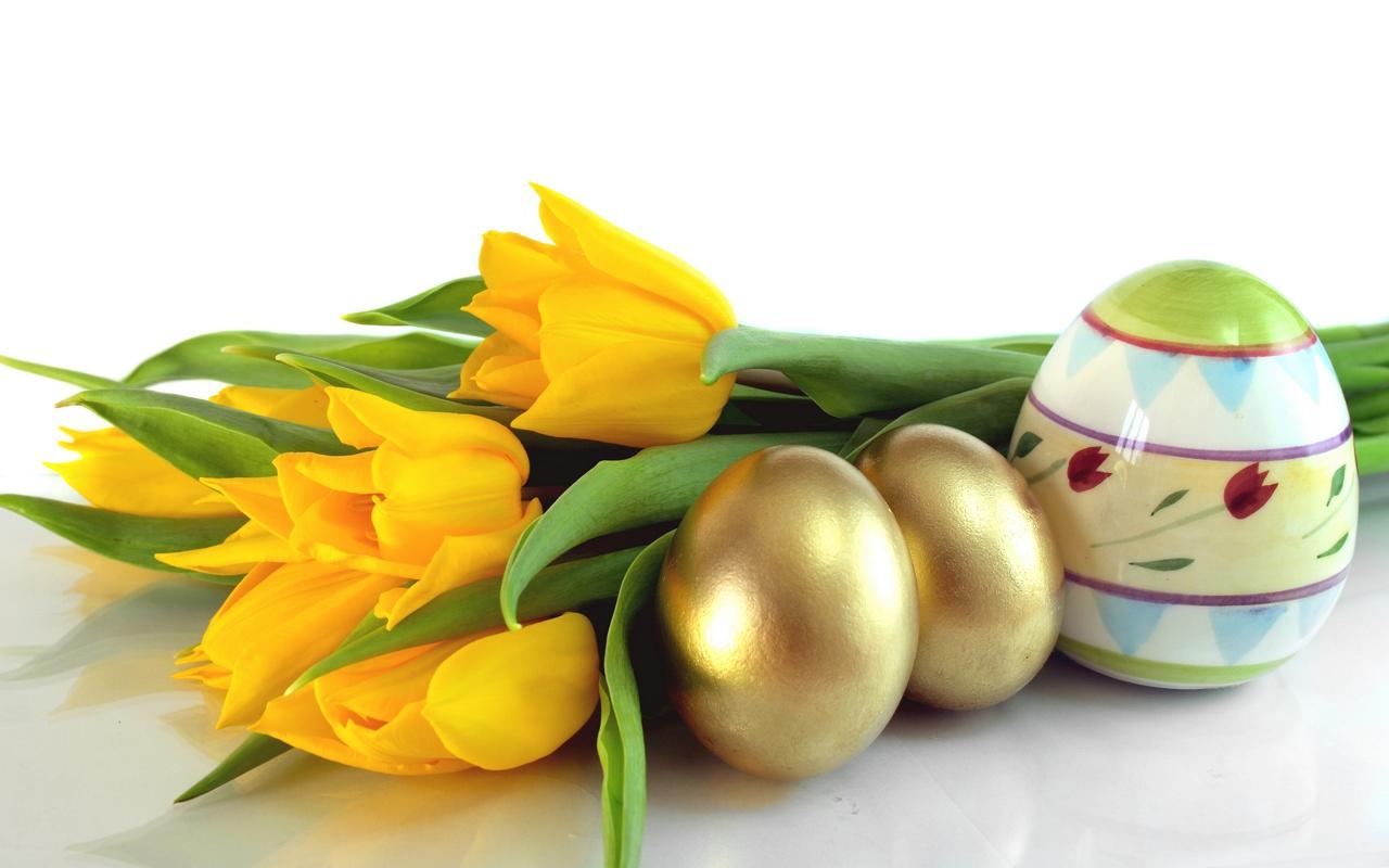 Flori si oua de paste